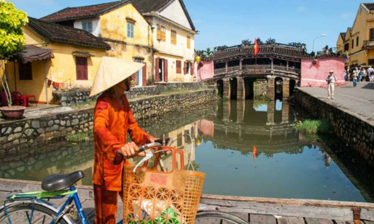 self guided walking tour hoi an