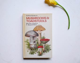 collins guide to mushrooms and toadstools